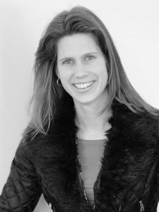 Mevrouw Nancy Winters, notarieel medewerker